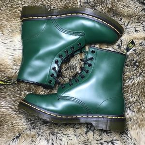 Dr Martens Green Smooth Boots Hunter Green 8